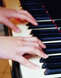 钟幼儿歌曲钢琴谱